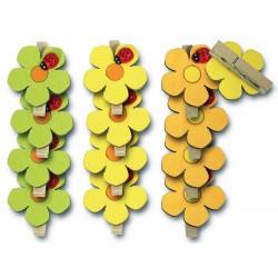 3701 Pince en bois avec fleur et coccinelle